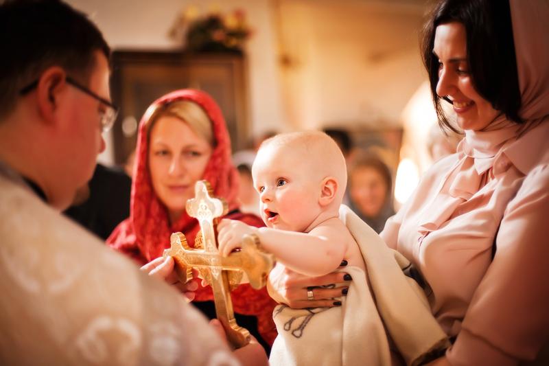Крестить ребенка в москве