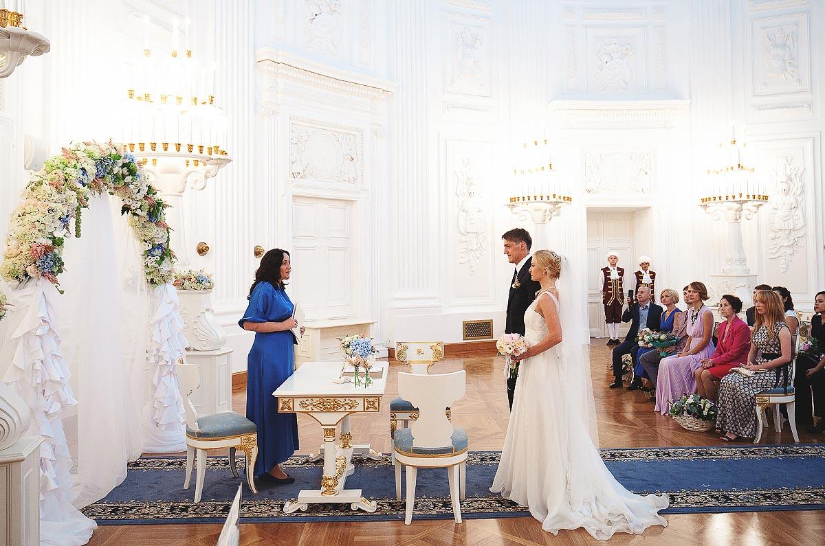 петровский путевой дворец фото свадьбы онлайн приложение